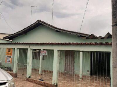 Casa Setor Bueno (Em frente a rodoviaria)