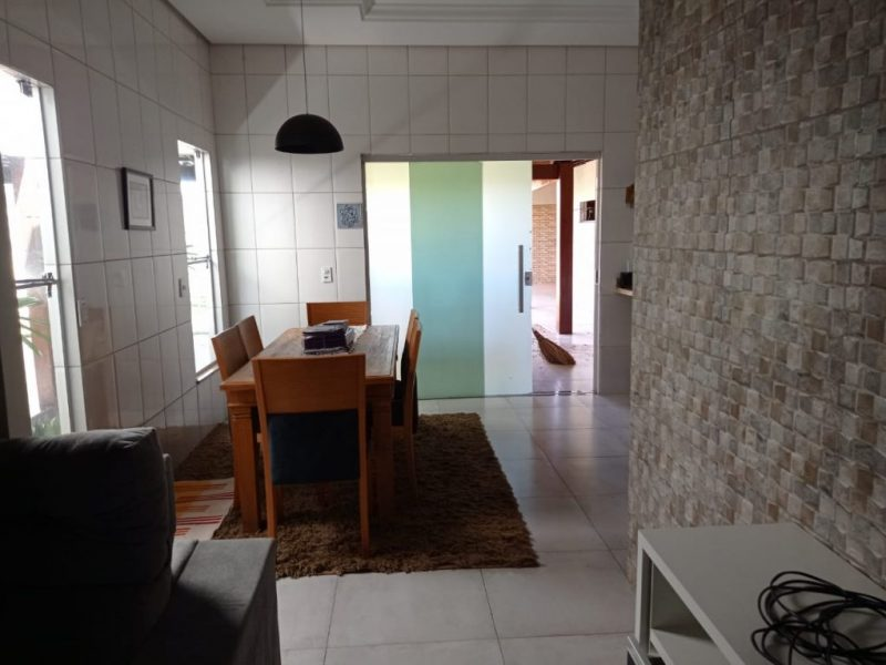 Casa 03 quartos, Vale das Goiabeiras