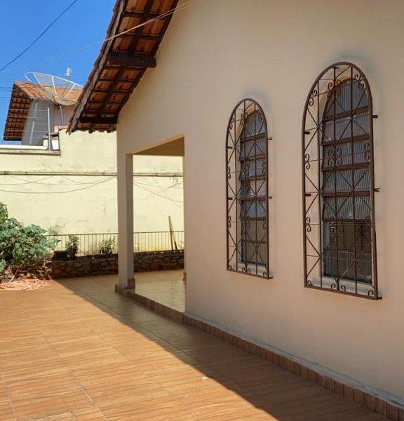 Casa 03 quartos, Vila Heitor de Paula